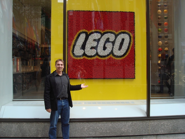Charl standing in from of the New York Lego shop