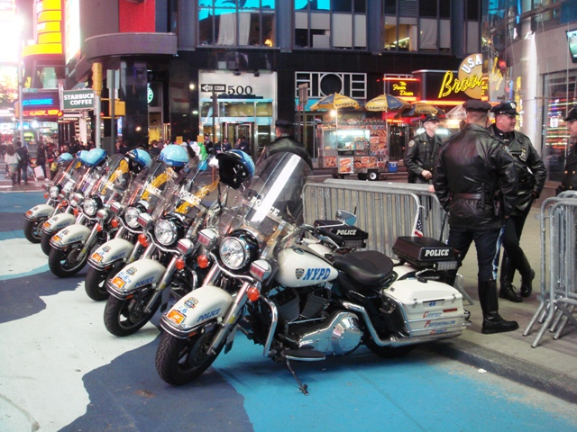 NYPD officers keeping an eye on Times Square