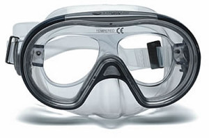 Dive Mask with prescription lens holder